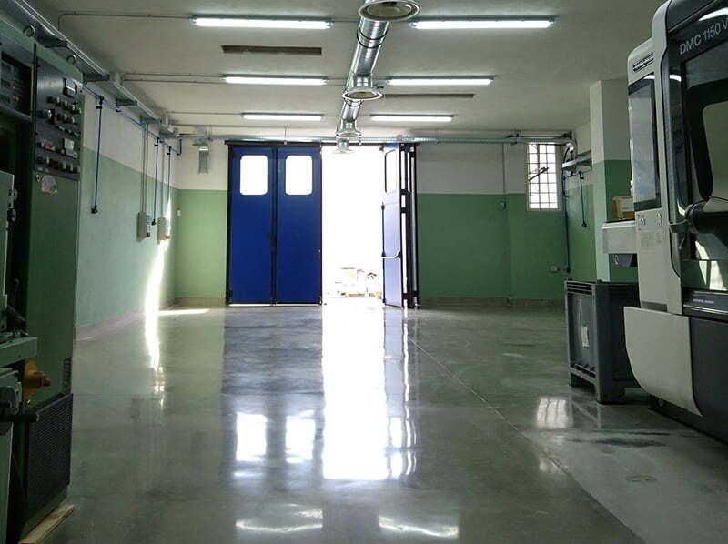 Levigatura lucidatura cemento industriale